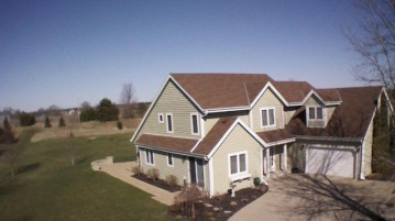 W349S8989 Nesting Ct, Eagle, WI 53119-1451