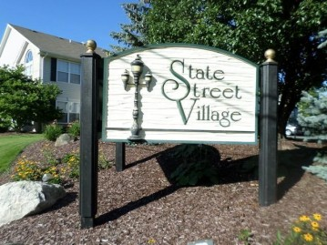 1705 State St 51, Union Grove, WI 53182-1792