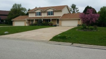 4040 Fountain Plaza Dr, Brookfield, WI 53005-1309