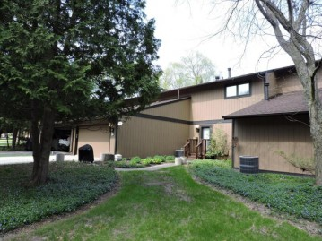 79 Point Elkhart Dr, Elkhart Lake, WI 53020-1836