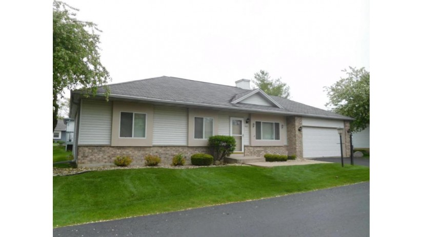 923 Park Cir 23 Union Grove, WI 53182-1067 by Jeff Braun Realty, Llc $169,900