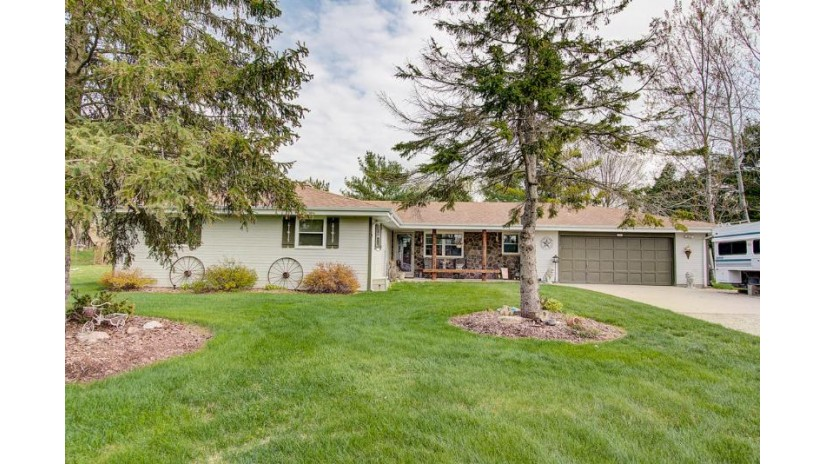 1901 Annette CT Trenton, WI 53090-8913 by Hanson & Co. Real Estate $249,900