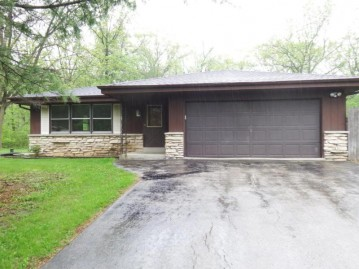 6825 Settler Ave, Norway, WI 53185-1911