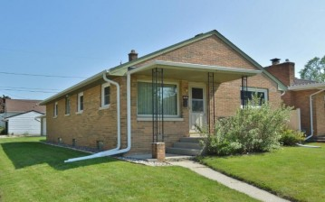 1334 Manitowoc AVE, South Milwaukee, WI 53172-3054