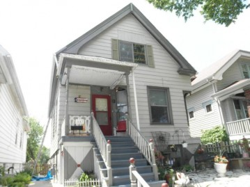 1643 S 25th St 1645, Milwaukee, WI 53204-2554