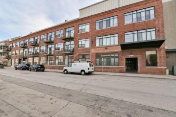 200 S Water St 307, Milwaukee, WI 53204-1489