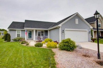 366 Indigo Dr, Port Washington, WI 53074-2637