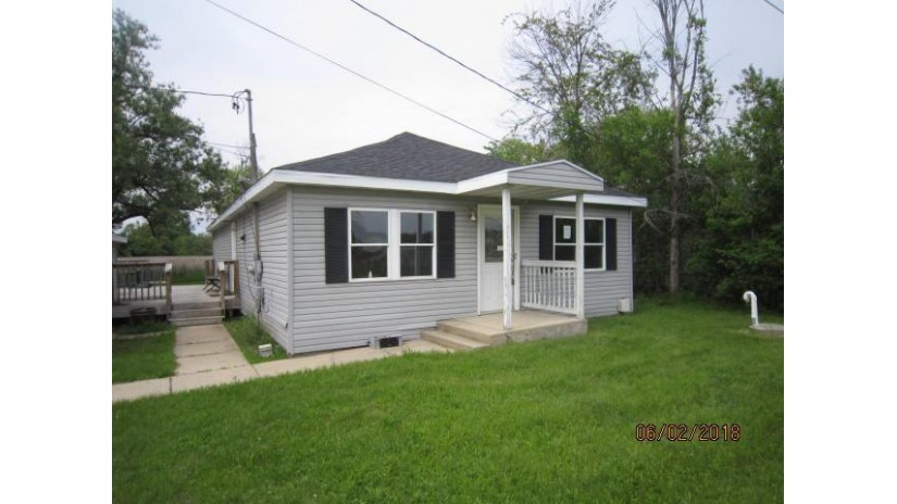 W1226 N Lake Shore Dr Bloomfield, WI 53128-1411 by Keefe Real Estate, Inc. $63,250