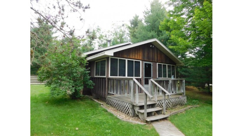 W5225 Pioneer Ct Wescott, WI 54166-4802 by RE/MAX North Winds Realty, LLC $96,500