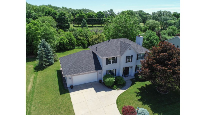 505 Fairview Cir Waterford, WI 53185-2874 by Shorewest Realtors $299,900