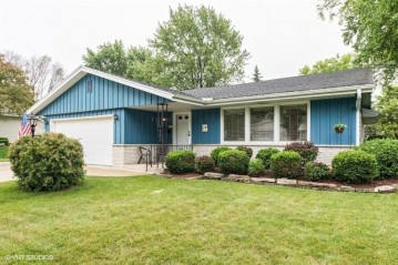 4849 Sycamore St, Greendale, WI 53129-2927