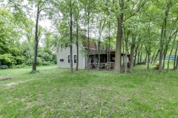 10074 196th Ave, Bristol, WI 53104-9541