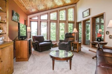 3472 County Road NN, West Bend, WI 53095-8722