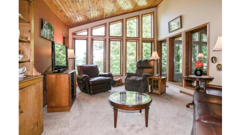 3472 County Road NN West Bend, WI 53095-8722 by Coldwell Banker Residential Brokerage $824,900
