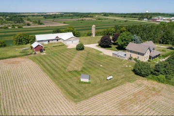W1757 State Rd 33, Herman, WI 53050-2629