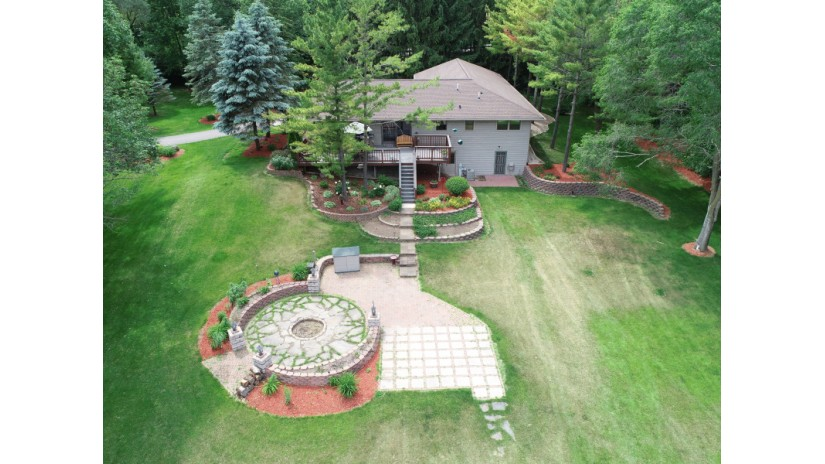6348 State Rd 144 West Bend, WI 53095-9118 by Shorewest Realtors $379,000