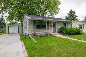 1412 High St, Union Grove, WI 53182-1523