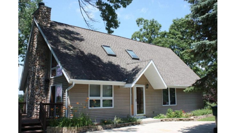 N1663 Orchid Dr Bloomfield, WI 53128-1549 by Coldwell Banker Residential Brokerage $209,900