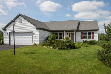 411 S Sherman St, Eagle, WI 53119-2247
