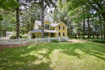 W1841 Cole Rd, Holland, WI 53070