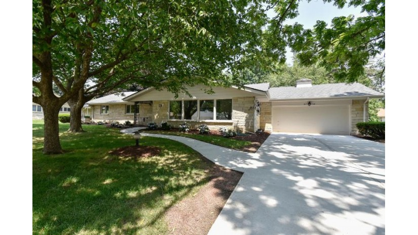 2254 W Dunwood Rd Glendale, WI 53209 by First Weber Inc -Npw $349,900
