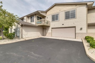 10110 74th St Unit E, Kenosha, WI 53142-7541