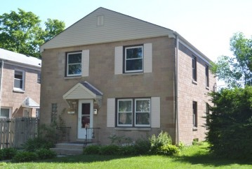 3306 S 7th St 3308, Milwaukee, WI 53215-5104