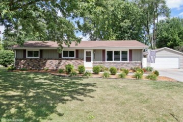 2805 Coolidge Dr, Dover, WI 53139-9774