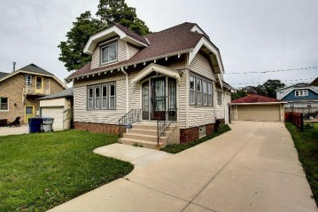 2144 N 59TH ST, Milwaukee, WI 53208-1038