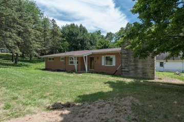 7523 184th Ave, Bristol, WI 53104-9138