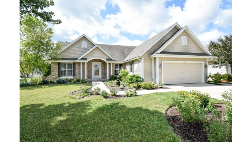 1743 Granite Ln Port Washington, WI 53074-2259 by Shorewest Realtors $324,900