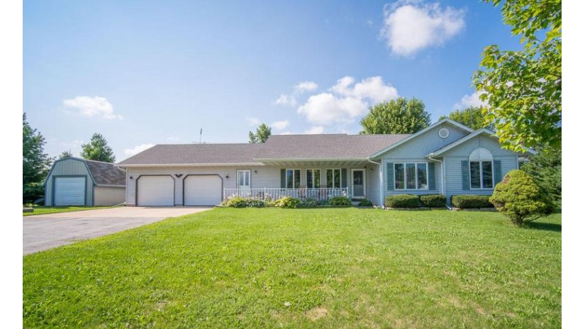 W3494 State Road 67 Ashford, WI 53010-2104 by Exsell Real Estate Experts LLC $249,900
