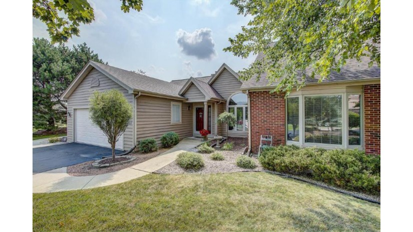 N19W26683 Goldenrod Ct A Pewaukee, WI 53072-5478 by RE/MAX Realty 100 $349,900