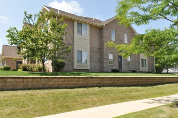 3101 55th Ct 23, Kenosha, WI 53144-4295