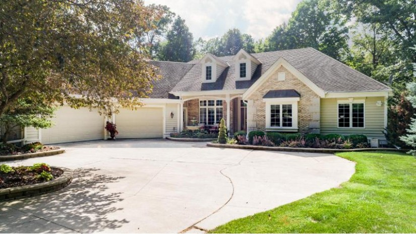 5509 Beechwood Ct Addison, WI 53027 by Leitner Properties $575,000