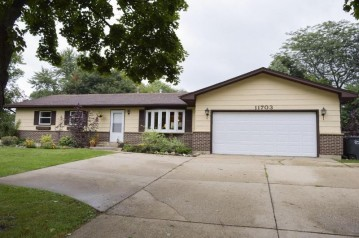 11703 224th Ave, Salem, WI 53104-9510