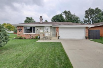 1613 State St, Union Grove, WI 53182-1730