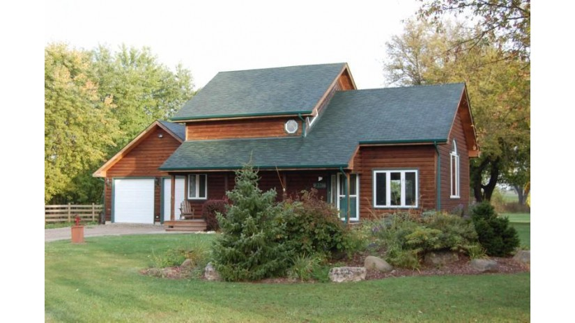 W3316 County Road TK J Troy, WI 53120 by Scaffidi Real Estate LLC $300,000