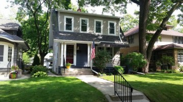 4146 N Prospect Ave, Shorewood, WI 53211-1740