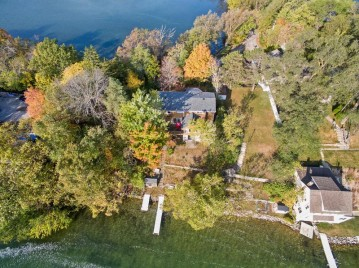 5484 Peninsula  Dr, West Bend, WI 53095-8485
