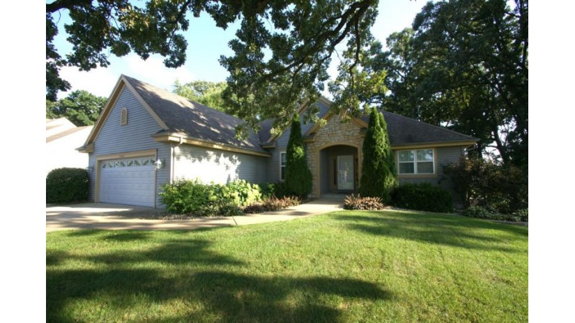 2542 Brittany Ln East Troy, WI 53120-2063 by Lake Country Flat Fee $354,900