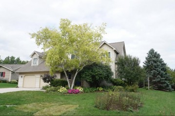 1416 Apple Ct, Port Washington, WI 53074