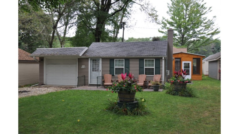 S102W34554 Lower Clarks Park Eagle, WI 53119-1863 by Shorewest Realtors $145,000