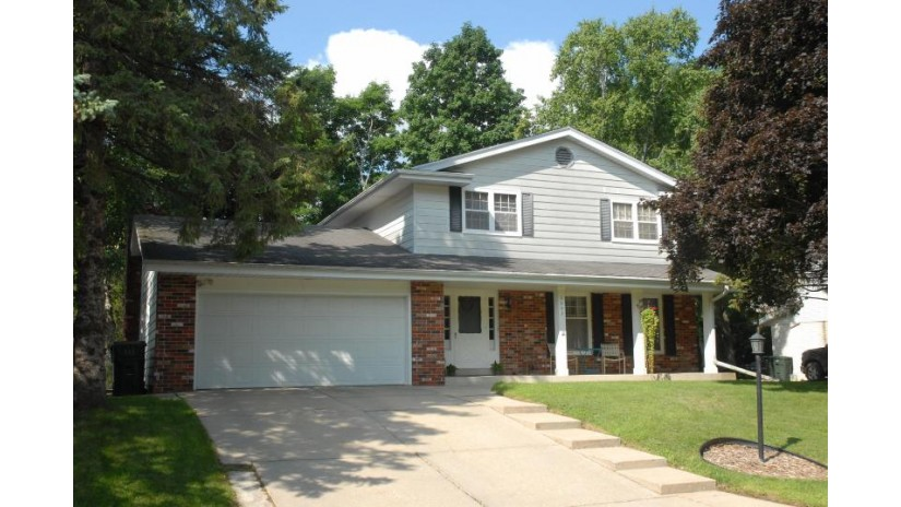 2655 S Root River Pkwy West Allis, WI 53227-1849 by Homestead Realty, Inc~milw $225,000