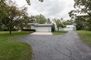 21450 Washington Ave, Dover, WI 53139