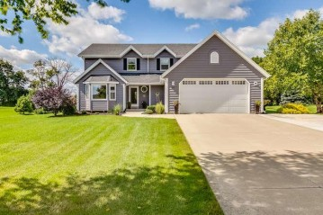 410 Maurice Dr, Union Grove, WI 53182-1278