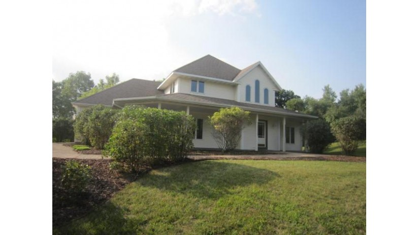 310 N Honey Lake Rd Rochester, WI 53105-9698 by Keefe Real Estate, Inc. $409,900