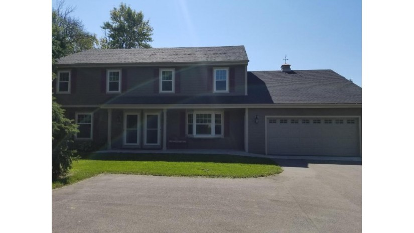 131 E Brown Deer Rd Bayside, WI 53217-2312 by Shorewest Realtors $1,850