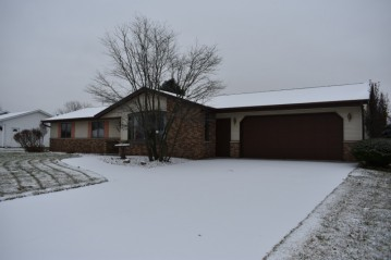 509 Paul Ave, Campbellsport, WI 53010-2768