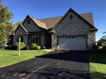 N115W17853 Sawgrass Ct 133, Germantown, WI 53022-6311